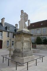 Bourges : la statue de Jacques Coeur
