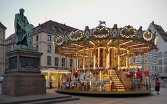 Gutenberg and the merry-go-round - Photo of Dingsheim