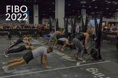 """Crossfit Zirkel Training mit Zuschauern  und dem Bildtitel """"Fibo 2022"""""""