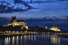 Blue hour à Auxerre (Yonne) - Photo of Augy