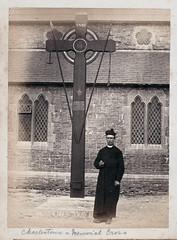 Memorial cross in Charlestown