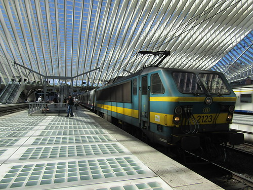 NMBS 2123 at Liége Guillemins