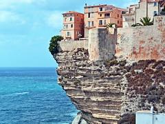 France, la Corse, les falaises et maisons de Bonifacio