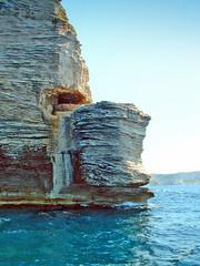 France, la Corse, la falaise avec le gouvernaille de Bonifacio
