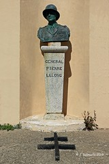 2A AJACCIO - Buste du Général Pierre Lelong