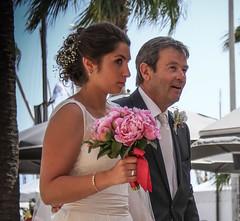 La mariée arrive avec son père - Photo of Sanary-sur-Mer