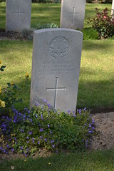 CWGC Private Robert Gillis Pattison - Photo of Fampoux