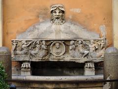 Via Bocca di Leone:  Palazzo  Nunez-Torlonia