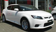Toyota Zelas 2.5 LEi 2013