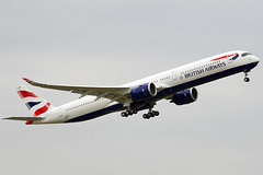 British Airways first A350-1000 takes the skies !