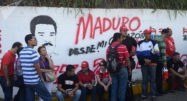 Como o bloqueio imposto pelos Estados Unidos afeta a vida dos venezuelanos