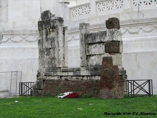 1930 2011 Sepolcro di C. Publicio Bibulo, fine Repubblica c