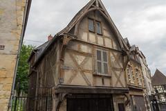 1789 Montluçon - En passant...