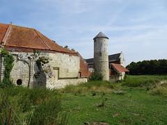 Château d'Esnes  la tour étroite dont la base, date du XIIe (4) - Photo of Ligny-en-Cambrésis