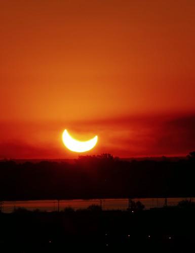 Atardecer Eclipsado en Santa Fe