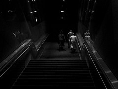 A la salida del metro a las 16 - Photo of Irigny