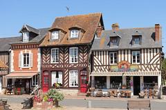 Vieilles maisons de Beuvron-en-Auge