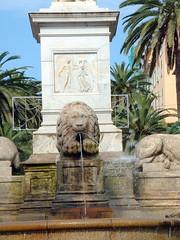 France, la Corse, la fontaine des 4 Lions de la place d'Ajaccio