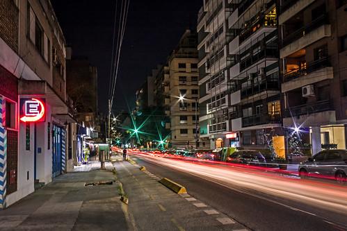 La noche en Villa Crespo.