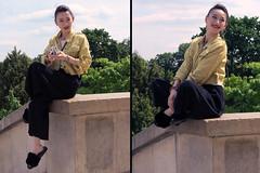 Elegant Asian girl wearing black evening slippers - Photo of Châtillon