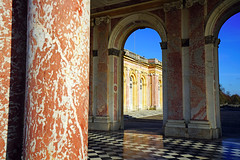 Gorgeous marble of the Grand Trianon, Versailles, Paris - Photo of Bois-d'Arcy