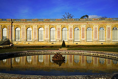 Grand Trianon reflecting in the basin, Versailles, Paris - Photo of Bois-d'Arcy