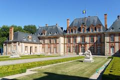 2440 Château de Breteuil