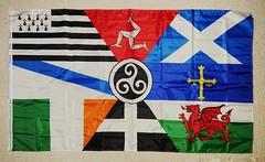 Quelles nations ou quelles régions sont représentées sur ce drapeau ? 🤔