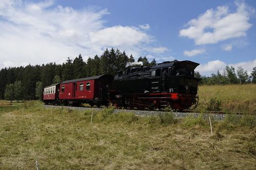 HSB 99 6001 met personentrein onderweg naar Quedlinburg bij Haferfeld 06-07-2019