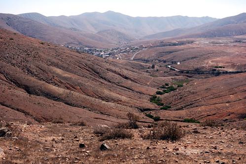 El paisaje seco de Fuerteventura / Tirwedd sech Fuerteventura