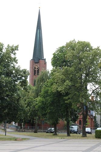 Bitterfeld-Wolfen: Katholische  Herz-Jesu-Kirche in Bitterfeld