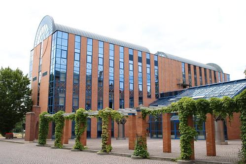 Bitterfeld-Wolfen: Erweiterungsbau des Rathauses Bitterfeld