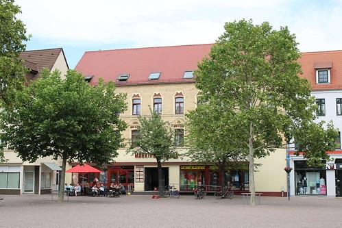 Bitterfeld-Wolfen: Wohn- und Geschäftshaus Burgstraße 35