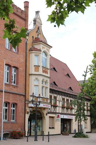 Bitterfeld-Wolfen: Stadt-Apotheke in Bitterfeld