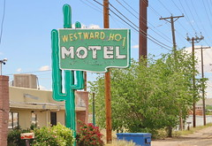 Westward Ho Motel in Albuquerque Route 66 7.5.2019 0948