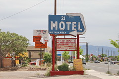 Motel 21 in Albuquerque Route 66 7.5.2019 0943