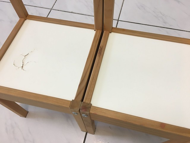 Photo:用了四年的 IKEA LATT,其中一張椅子裂了 By in_future