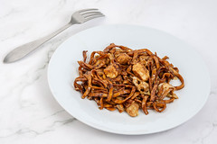 Pasta with Soya Sauce and Chicken Meat