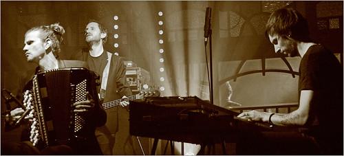 Vincent Peirani (acc) Julien Herné (elb) Tony Paelman (Fender Rhodes) Vincent Peirani