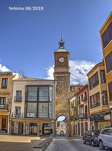 Almazán (Soria) 17 Puerta del Reloj