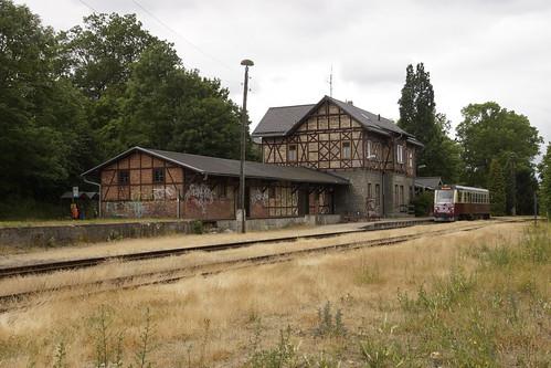 HSB 187 019-5 heeft zojuist de eindbestemming station Harzgerode bereikt 08-07-2019