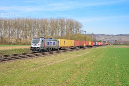 Metrans 187 509 met containertrein, Retzbach