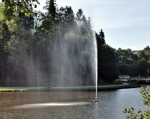 Lac Neufchäteau + jet d'eau -