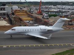 M-ASHI Bombardier Canadair Challenger 605 (Beckett Holding Ltd)