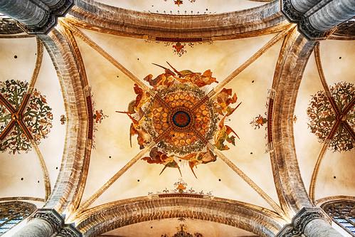 Beautiful ceilings....