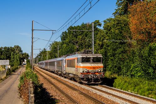 10 juillet 2019 BB 22319-22251 Train 772609 Angoulême -> Bordeaux Sainte-Eulalie-Carbon-Blanc (33)