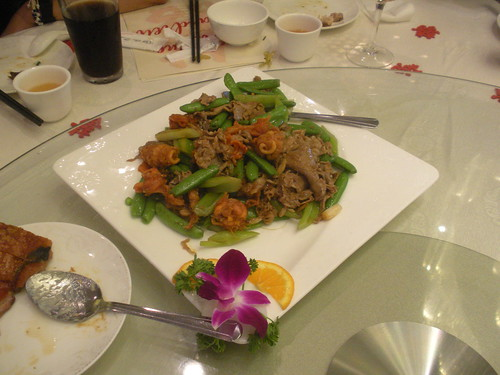 sauteed beef with red clams in XO sauce from Longo Seafood Restaurant