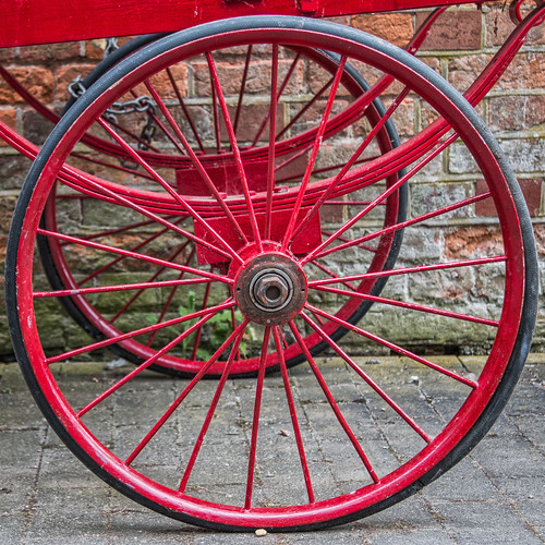 Red wheels (2 of 3)