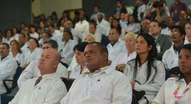 Médicos cubanos que permaneceram no Brasil estão impedidos há 8 meses de exercer profissão. - Créditos: Foto: Elza Fiúza/Agência Brasil