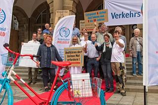 1te Unterschrift Radentscheid Bielefeld